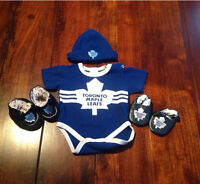 Toronto Maple Leafs infant outfit 0-3 month