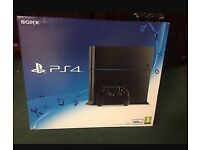 PlayStation 4 BOXED BRAND NEW WITH FIFA 17 £260 Ono