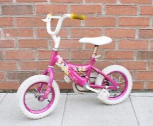 Vélo pour fille DISNEY Princesse (A036314)