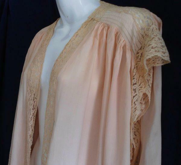 Antique Lingerie 1920s Silk Shawl Embroidered Bobbin Lace Mantilla Cape