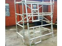 2m High Aluminium Scaffolding Tower Set [RUST FREE]