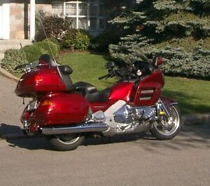 GL1800 Goldwing  Illusion Red 2001
