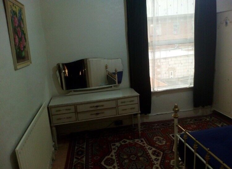 Cheap double room for single use in zone 2 !!