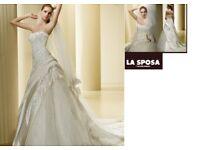 La Sposa White Wedding Dress (size UK10, EU 38)+ Veil gratis
