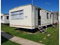 CARAVAN TO HIRE HIGHFIELD GRANGE CLACTON ON SEA