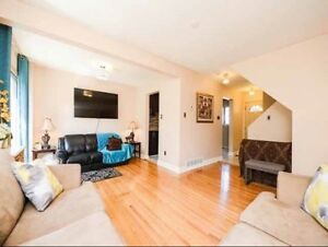 Townhouse For Sale in Brampton