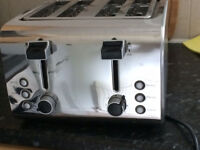 Brand new 4 slice stainless steel Igenix toaster