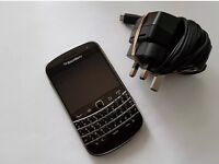 Blackberry 9900 unlocked excellent condition
