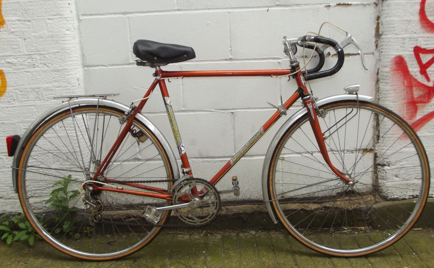 "Vintage racing french bike JEUNET in orange frame 22inch servicedwarranty Welcome for cup of teain Islington, LondonGumtree - Thanks to holiday season please call for appointment and check us on Facebook ""Britain Loves Bikes"" During weekend WELCOME on Saturday 11am 5pm Sunday 11am 4pm Weekday Tue Wed Thu 3pm 8pm Fri 3pm 7pm Welcome for test ride & cup of tea ) Each bike..."
