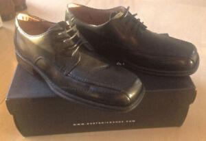 Chaussures en cuir Bostonian ***Pratiquement neuves***