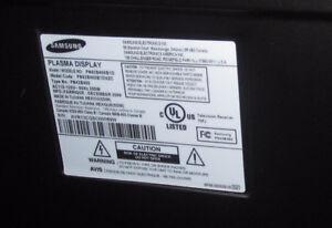 Plasma TV PN42B450B1D Samsung TV 42 inch Kitchener / Waterloo Kitchener Area image 2