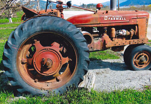 Anitque Tractors and Equipmex
