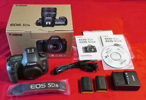 CANON EOS 5DS D-SLR BODY + CANON BG-E11 BATTERY GRIP