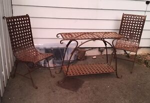 Solid iron outdoor table and 2 chairs