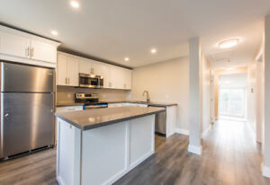 Newly Renovated Upper Level Unit Rental In Collingwood