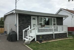 NEW LISTING - 193 HILL ST N - $319,900