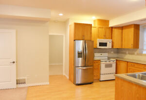 Spacious and Legal 2 Bedroom Basement suite in Willoughby Height