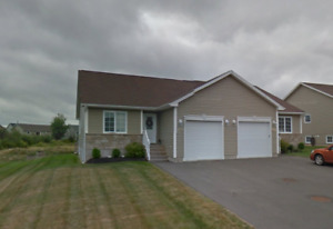 Riverview Bungalow with garage Semi 4 Bed 2.5 Bath