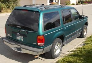 1998 Ford Explorer XLT SUV