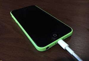 [UNLOCKED] iPhone 5C 16GB Green