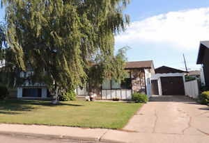 Gravelbourg House For Sale,  NEW  PRICE !!!