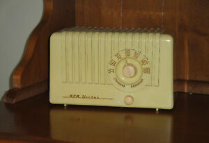"RCA Victor""Little Nipper""radio -NEW PRICE"