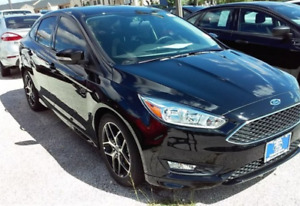 2016 ford focus se   $15000 or willing to trade or older 4x4