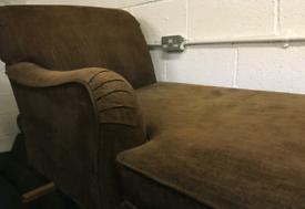 Chaiselongue settee