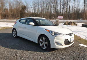 2012 Hyundai Veloster. Low mileage