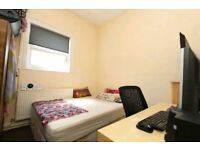 🏡🏡NO AGENCY FEE💚Big Double room Single Use💚STRATFORD💶Bills Included #MoveToday