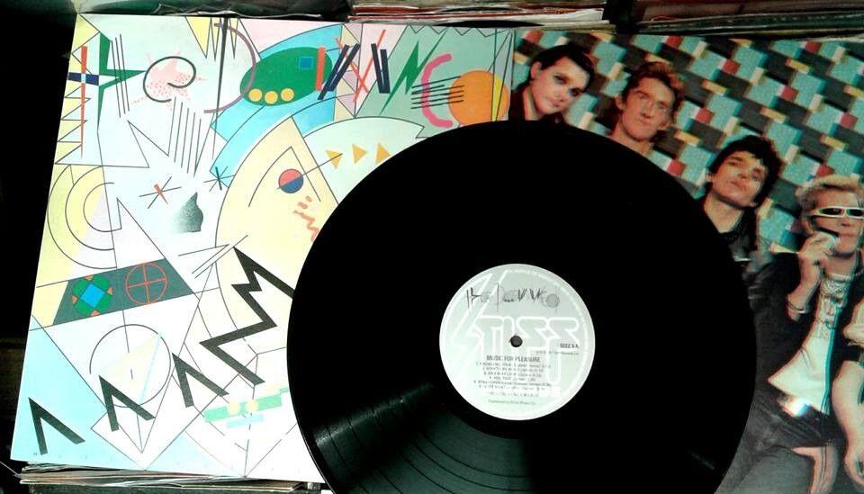 The Damned – Music For Pleasure, NM, released in 1977, Original Pressing Punk Vinyl Record LP
