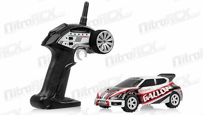 WL TOYS A989 1/24 Scale Electric Stunt Car 2.4ghz RTR RC Remote Control Car Red