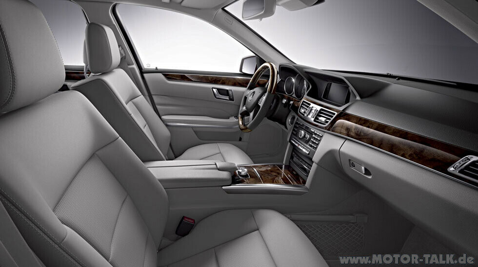 2014 E Class Wagon Futuremodel Interior 02 Facelift Mercedes E