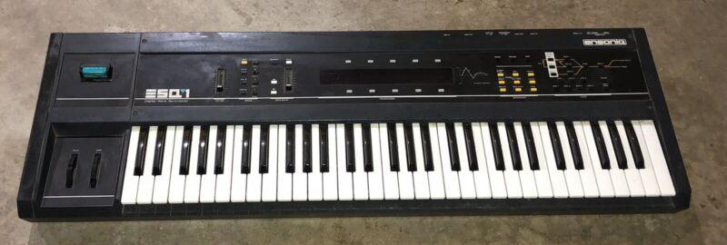 Ensoniq ESQ-1 Digital Wave Synthesizer Sequencer Keyboard w/ Voice-80 Cartridge