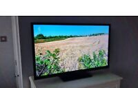 "32"" LOGIK HD SMART WIFI INTERNET LED TV BUILT IN FREEVIEW STAND REMOTE CONTROL & FREE DELIVERY"