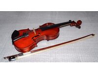 STENTOR STUDENT I VIOLIN OUTFIT 1/8 SIZE and CASE