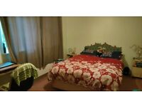 Great Double Bedroom (En suite) available at City Center ( 350pm)
