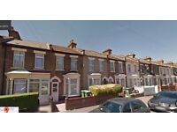 Nice double room flat in Forest Gate, London, E7