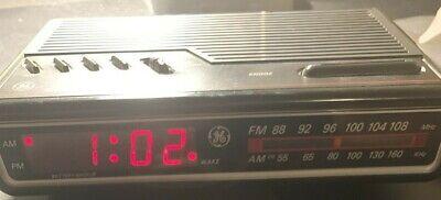 Vintage GE AM/FM Alarm Clock Radio Digital LED Black General Electric 7-4612BKA