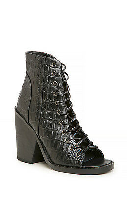 New Finders Keepers Free People  257 Black Hitched Lace Up Boots Shoes Sz 37