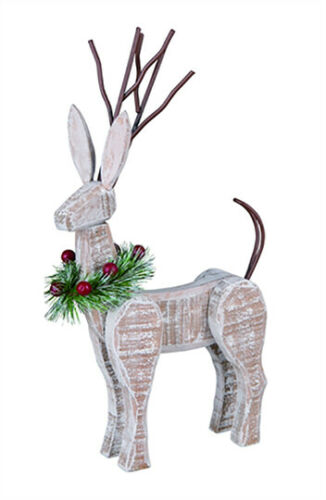 Christmas Decoration, Wooden Reindeer, Evergreen Wreath with Berries