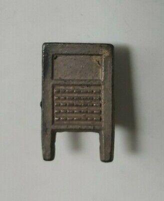 1928 DOWST Vintage Cracker Jack Prize Toy Wash Board Stud or Lapel Button