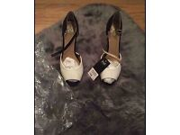 Brand new F&F size 6.5 heels (can post)