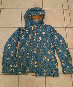 Women's Clothing (coats/jackets, shoes, jeans)