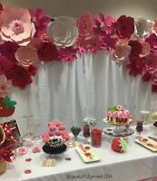 GIANT PAPER FLOWERS EVENT DECOR