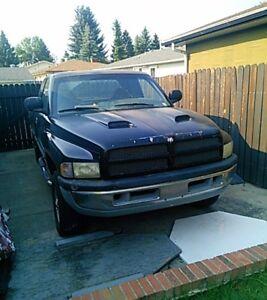 Dodge Power Ram 1500 Pickup Truck 1999