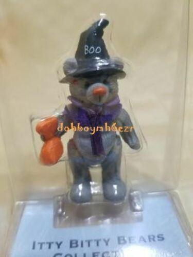 Hallmark 2002 Merry Miniatures Itty Bitty Bears Treat Halloween   MC