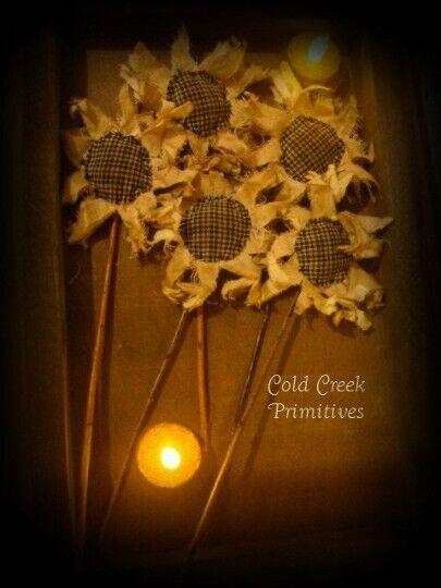 Handmade Primitive Sunflowers ~ Spring Decor ~ Rustic Country Decor~ Set of 5