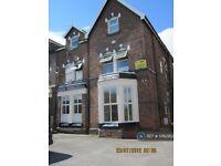 1 bedroom flat in New Ferry, Merseyside, CH62 (1 bed) (#1062952)