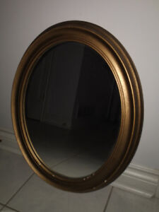 Framed Oval Wall-hung Mirror